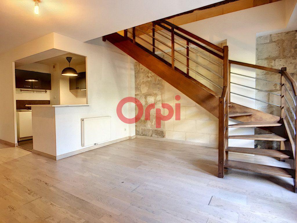 Appartement à vendre 4 85m2 à Bordeaux vignette-2