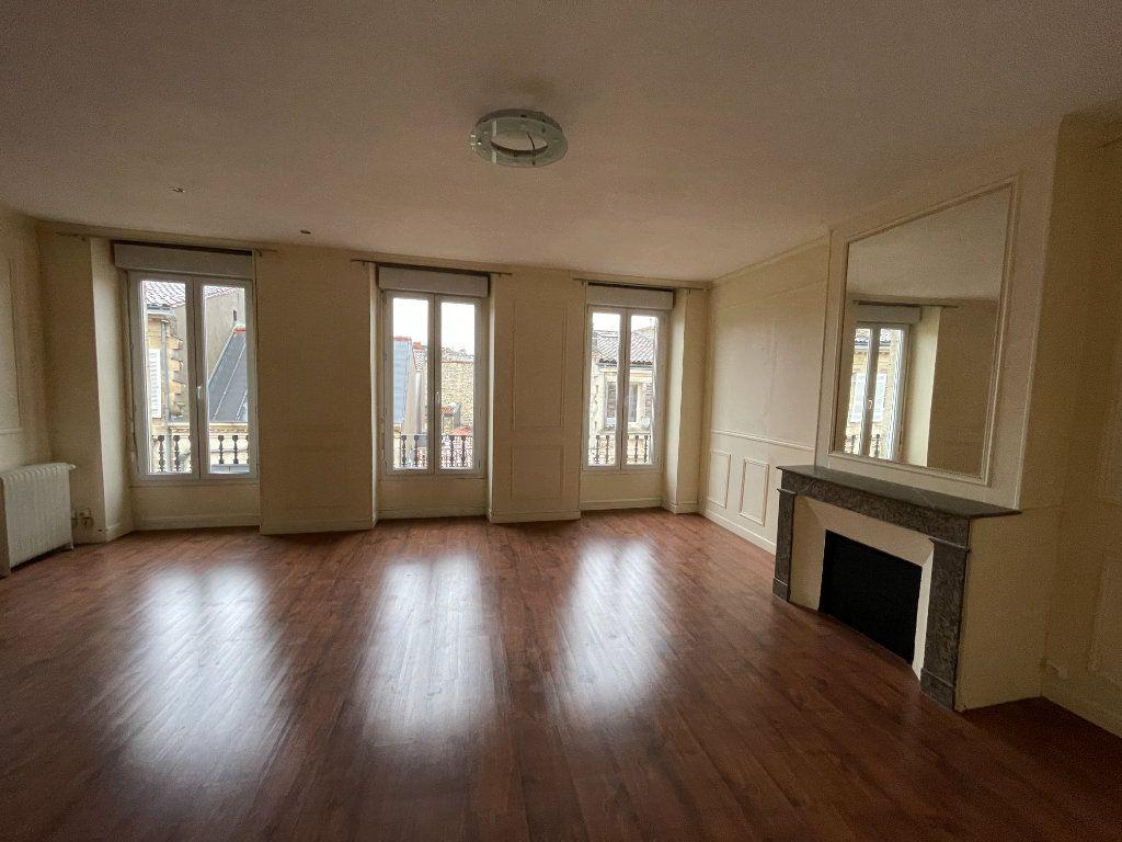 Appartement à vendre 5 130m2 à Bordeaux vignette-1