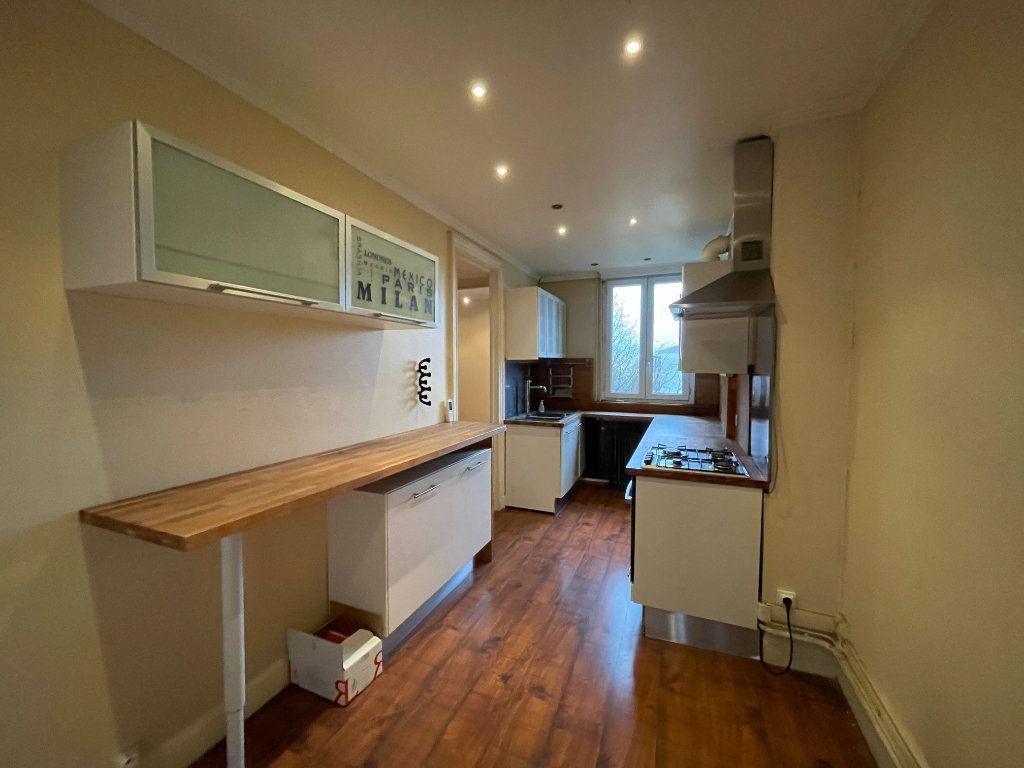 Appartement à vendre 5 130m2 à Bordeaux vignette-2