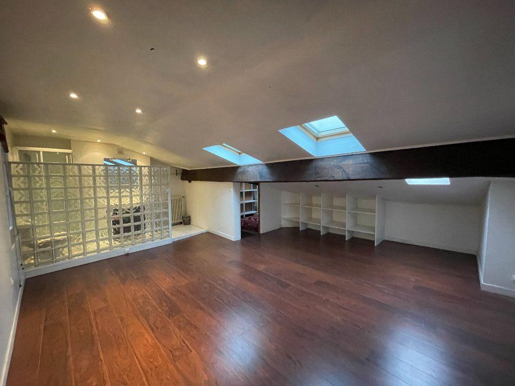 Appartement à vendre 5 130m2 à Bordeaux vignette-6