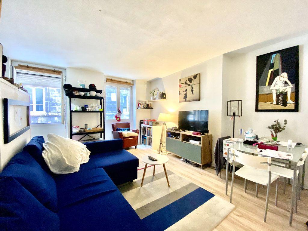 Appartement à vendre 2 36m2 à Bordeaux vignette-1