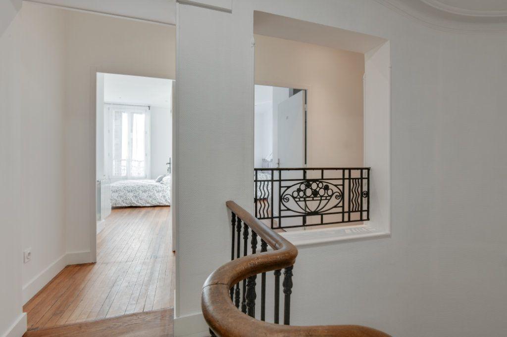 Appartement à louer 1 11m2 à Bordeaux vignette-4