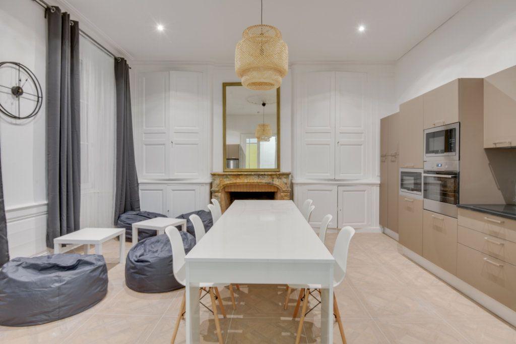 Appartement à louer 1 11m2 à Bordeaux vignette-5