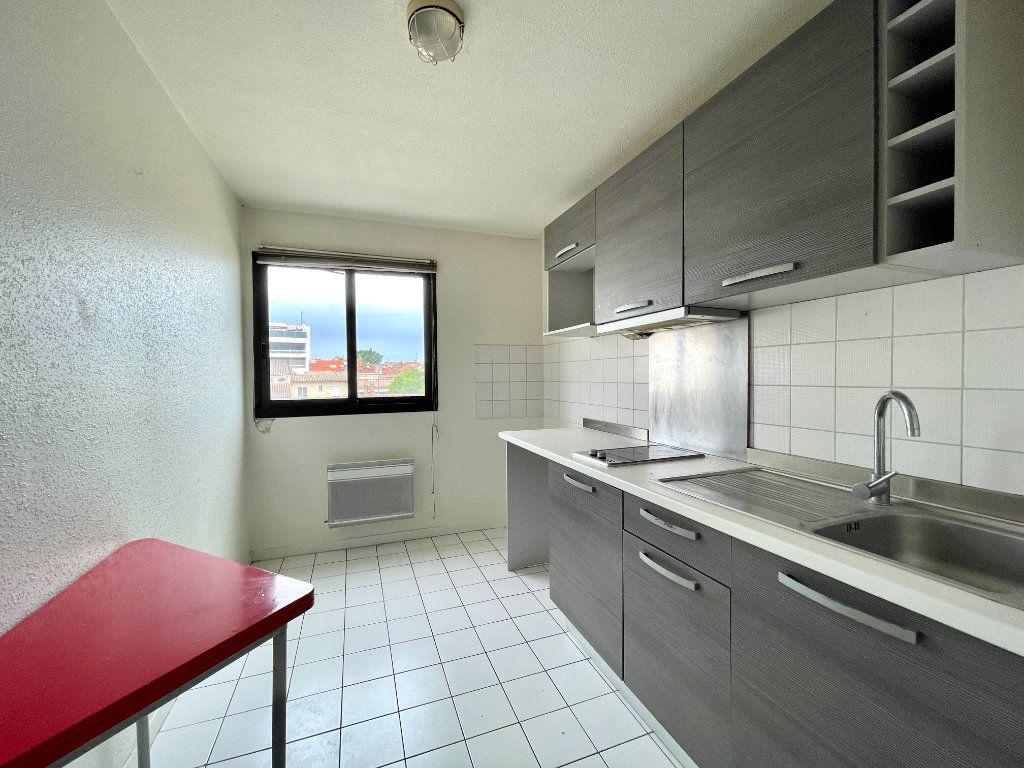 Appartement à vendre 2 50m2 à Bordeaux vignette-3