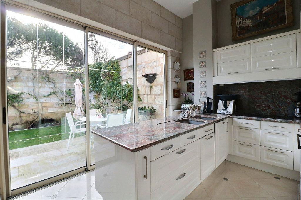 Maison à vendre 10 230m2 à Bordeaux vignette-4