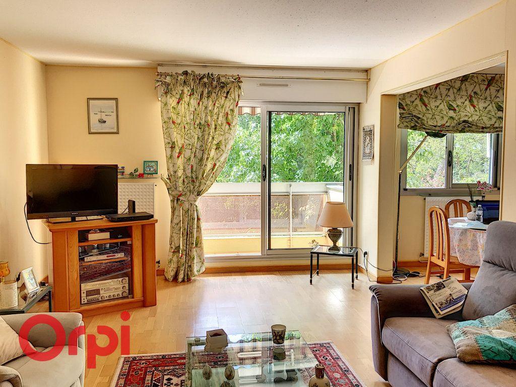 Appartement à vendre 5 90m2 à Bordeaux vignette-1