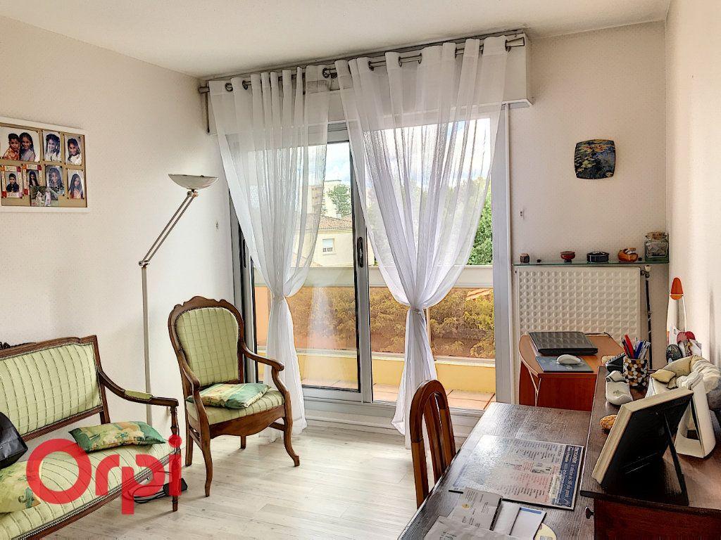 Appartement à vendre 5 90m2 à Bordeaux vignette-3