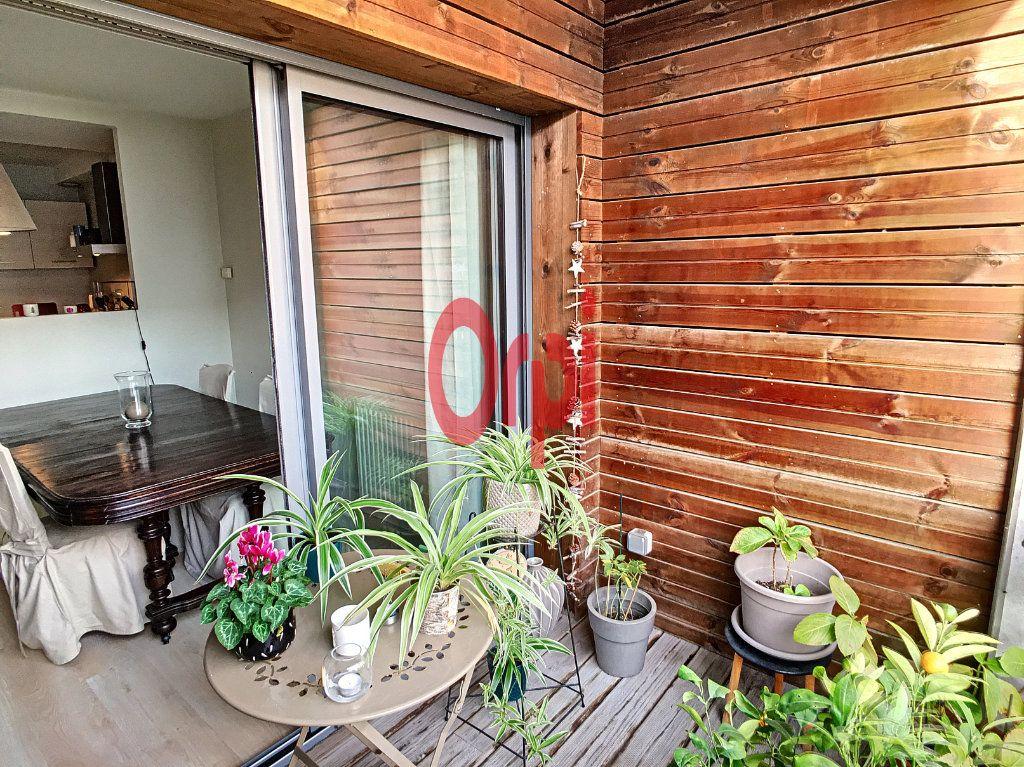 Appartement à vendre 3 65m2 à Bordeaux vignette-4