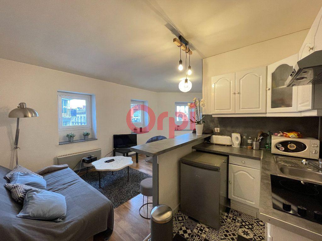 Appartement à vendre 2 48m2 à Bordeaux vignette-1