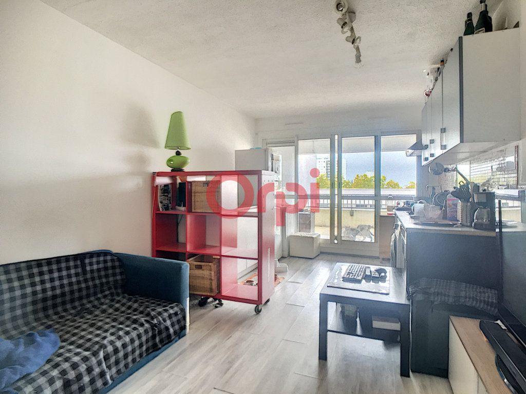 Appartement à vendre 3 53.35m2 à Bordeaux vignette-2
