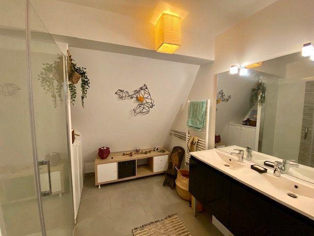 Appartement à vendre 5 113m2 à Bordeaux vignette-4