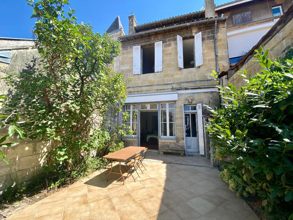 Maison à vendre 7 160m2 à Bordeaux vignette-1
