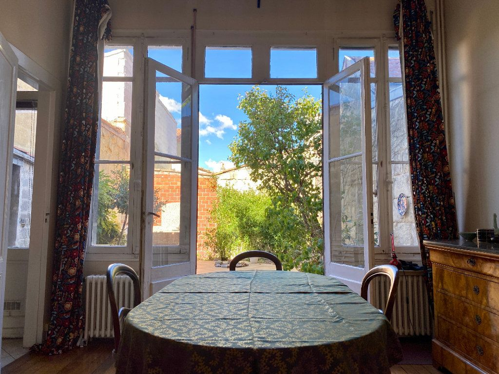 Maison à vendre 7 160m2 à Bordeaux vignette-4