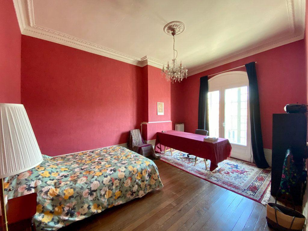 Maison à vendre 7 160m2 à Bordeaux vignette-5