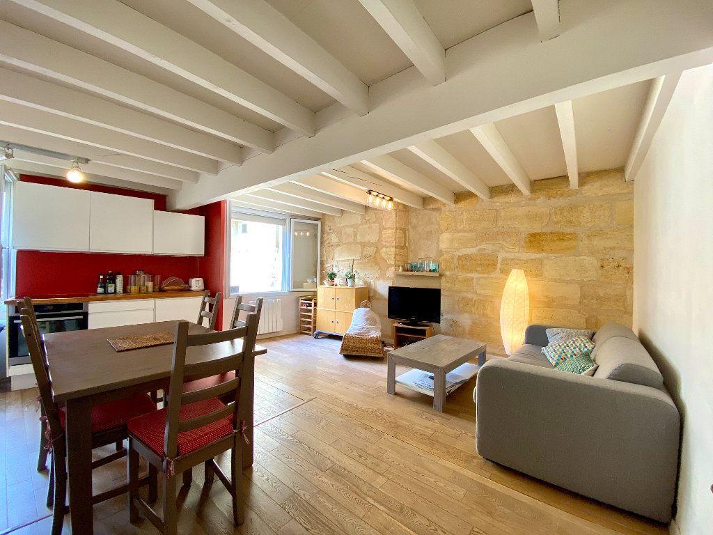 Appartement à vendre 3 79.04m2 à Bordeaux vignette-2