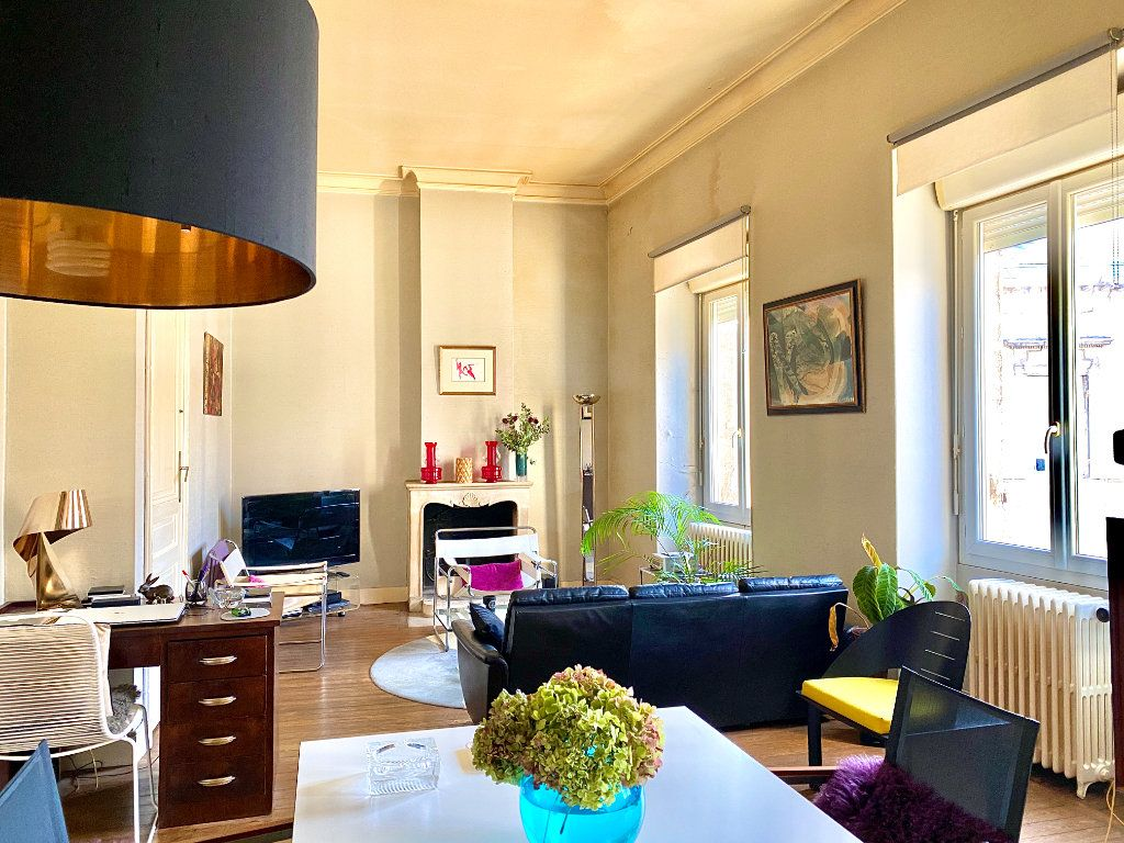 Appartement à vendre 3 86.54m2 à Bordeaux vignette-3