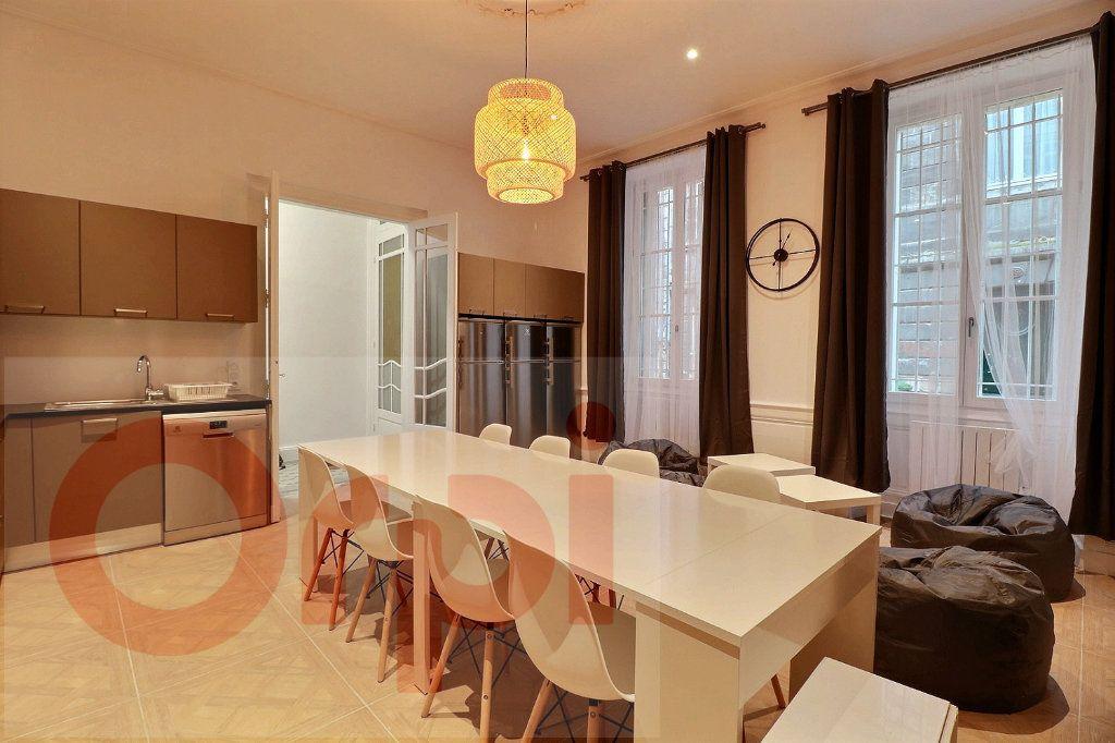 Appartement à louer 1 13.86m2 à Bordeaux vignette-2