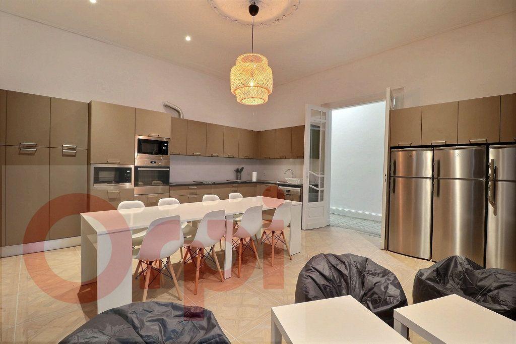 Appartement à louer 1 13.86m2 à Bordeaux vignette-3