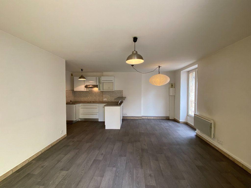 Appartement à vendre 2 40m2 à Bordeaux vignette-1