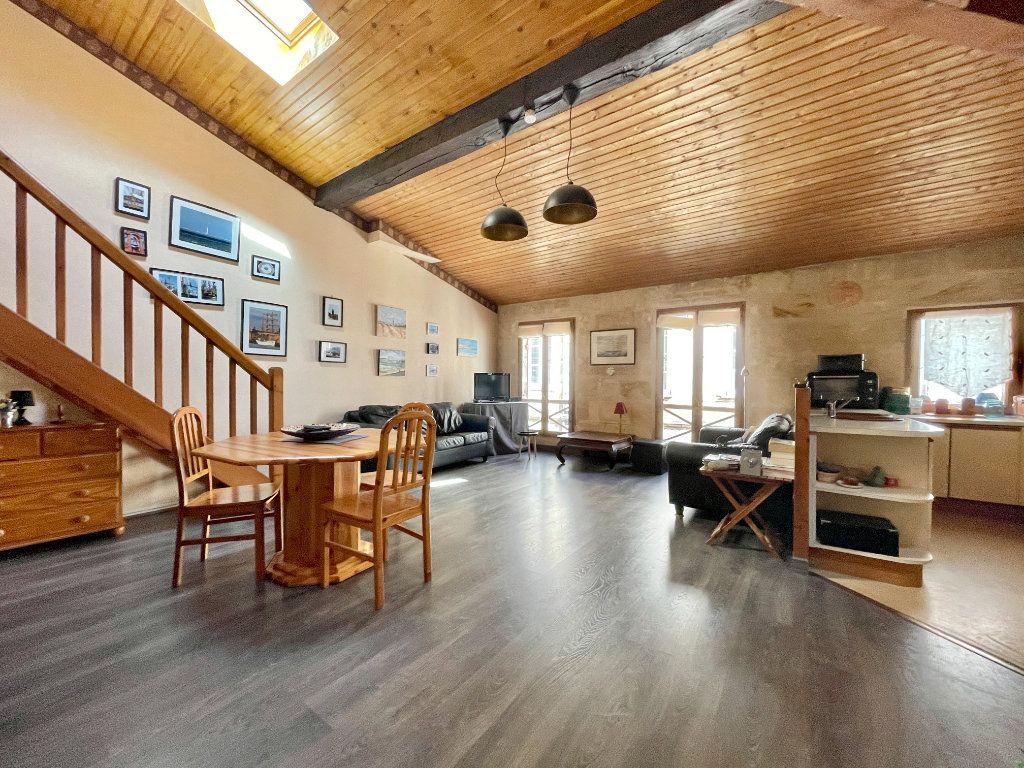 Appartement à vendre 3 83m2 à Bordeaux vignette-1
