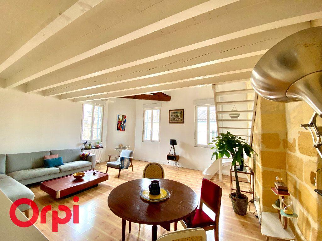 Appartement à vendre 4 76m2 à Bordeaux vignette-3