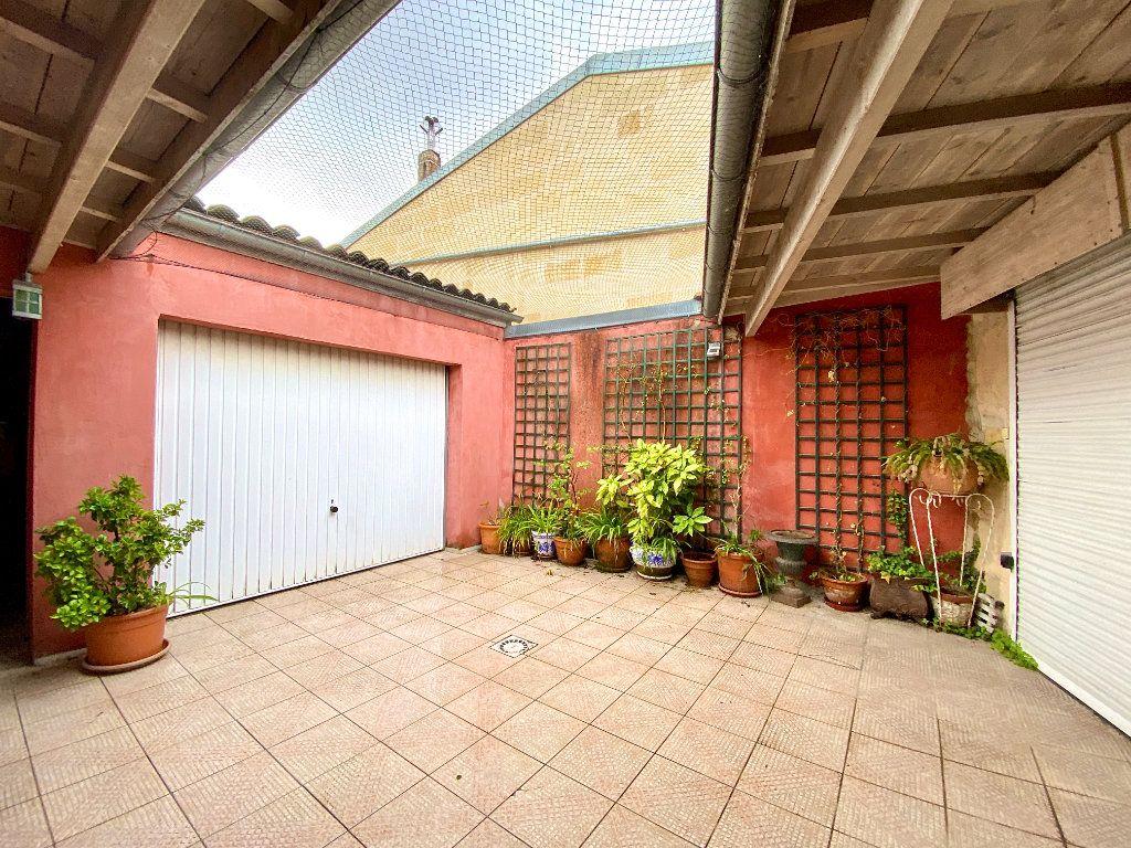 Maison à vendre 5 140m2 à Bordeaux vignette-1
