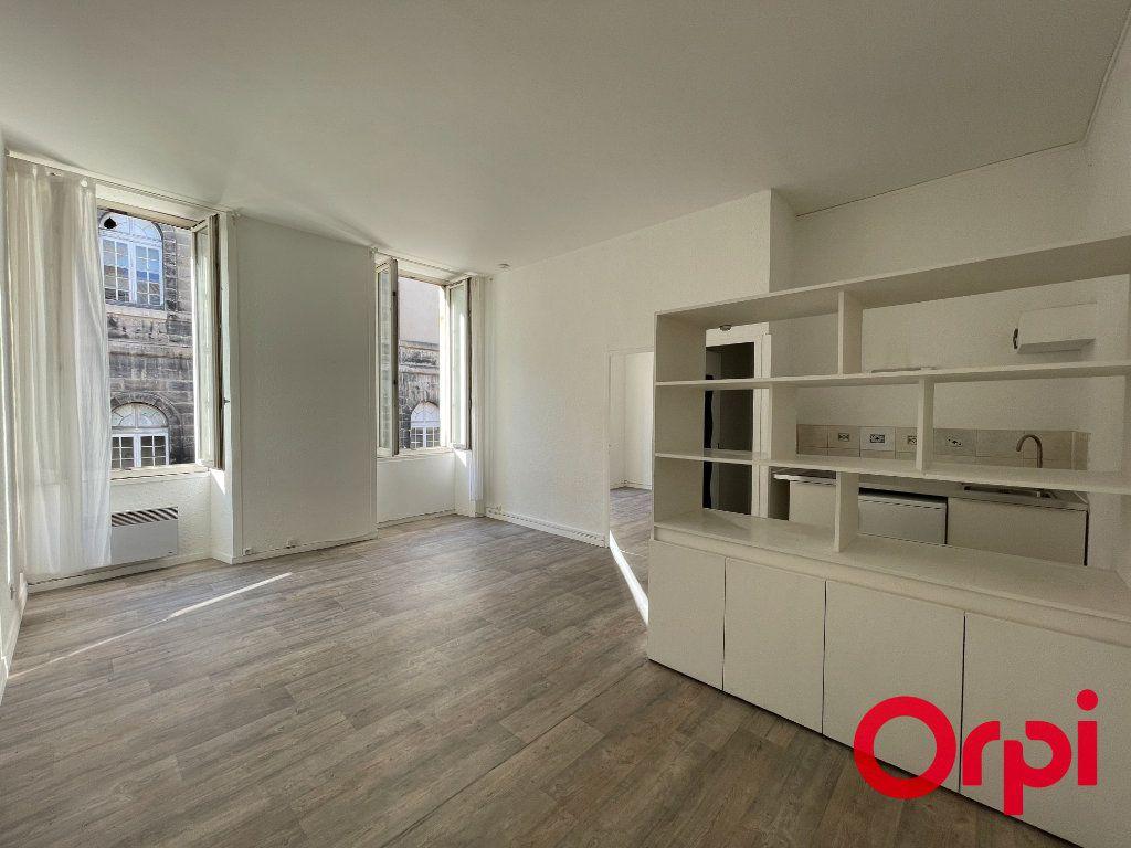 Appartement à vendre 2 41m2 à Bordeaux vignette-2