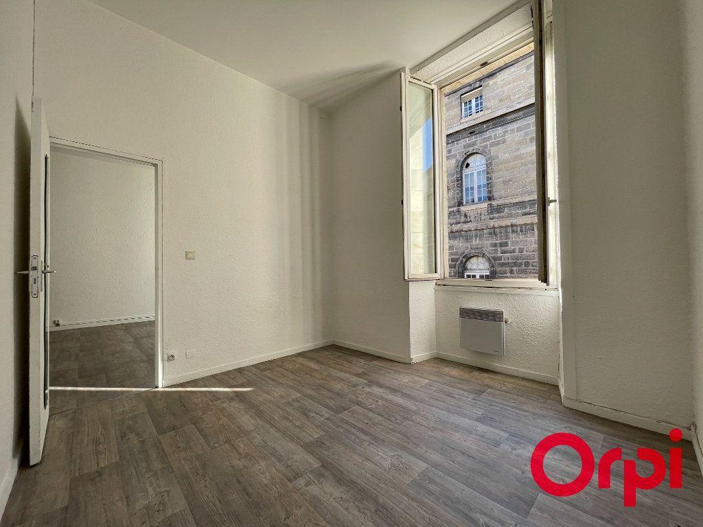 Appartement à vendre 2 41m2 à Bordeaux vignette-3