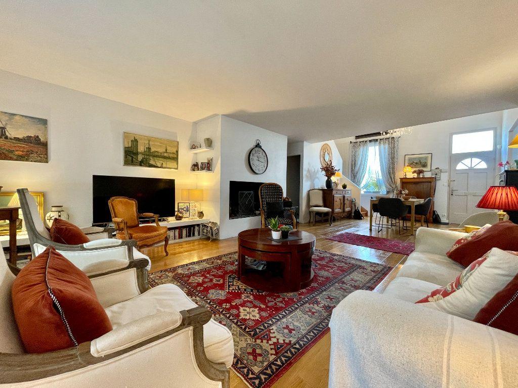 Maison à vendre 4 105m2 à Bordeaux vignette-2