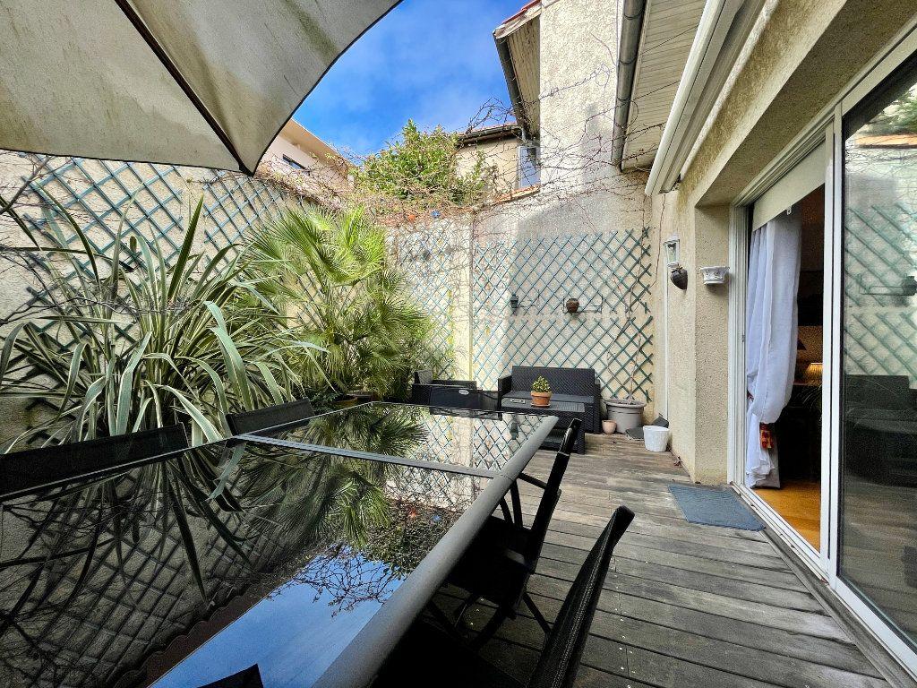 Maison à vendre 4 105m2 à Bordeaux vignette-3