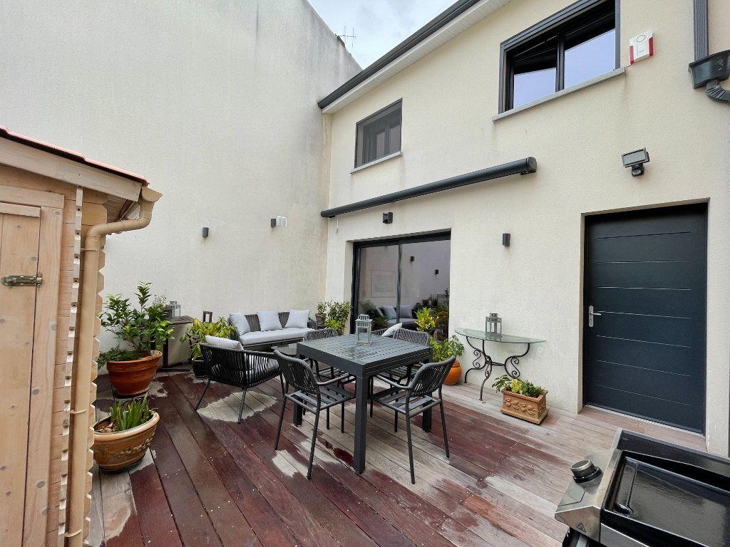 Maison à vendre 3 79m2 à Bordeaux vignette-4