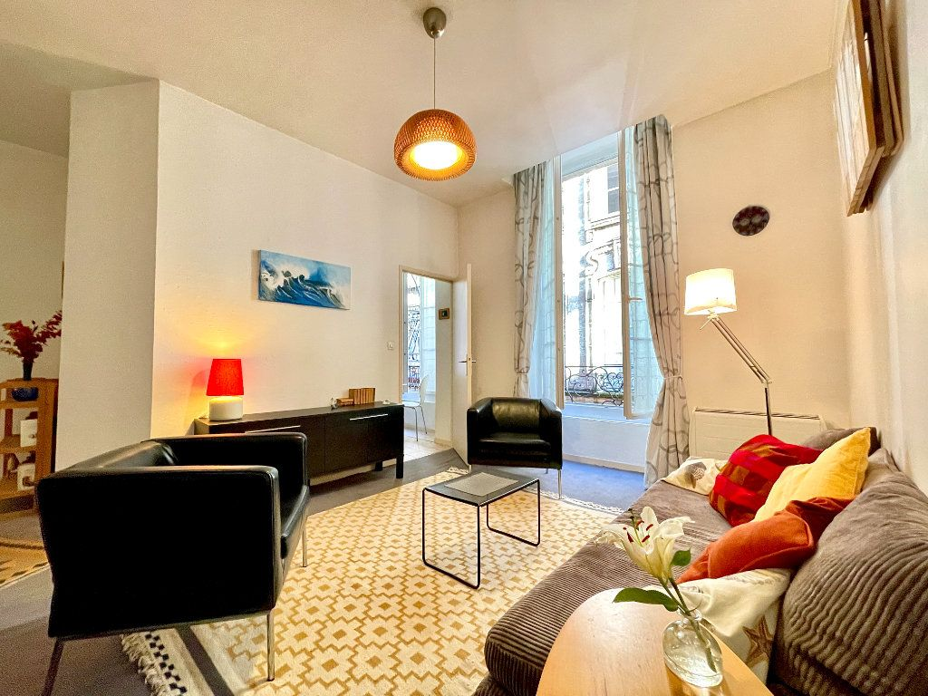 Appartement à vendre 2 43m2 à Bordeaux vignette-2