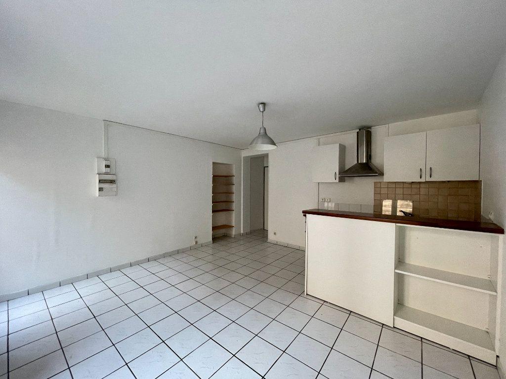 Appartement à vendre 2 32m2 à Bordeaux vignette-1