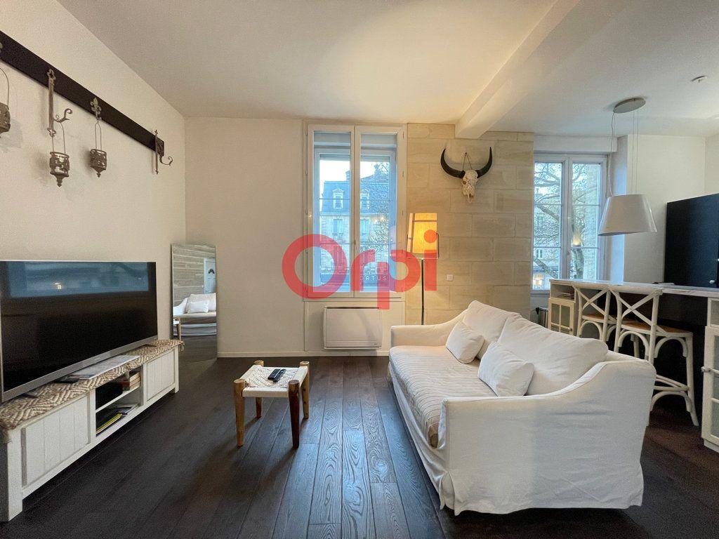 Appartement à vendre 2 45m2 à Bordeaux vignette-1