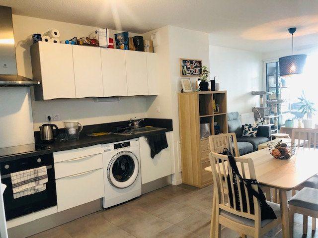 Appartement à vendre 2 46m2 à Bordeaux vignette-2