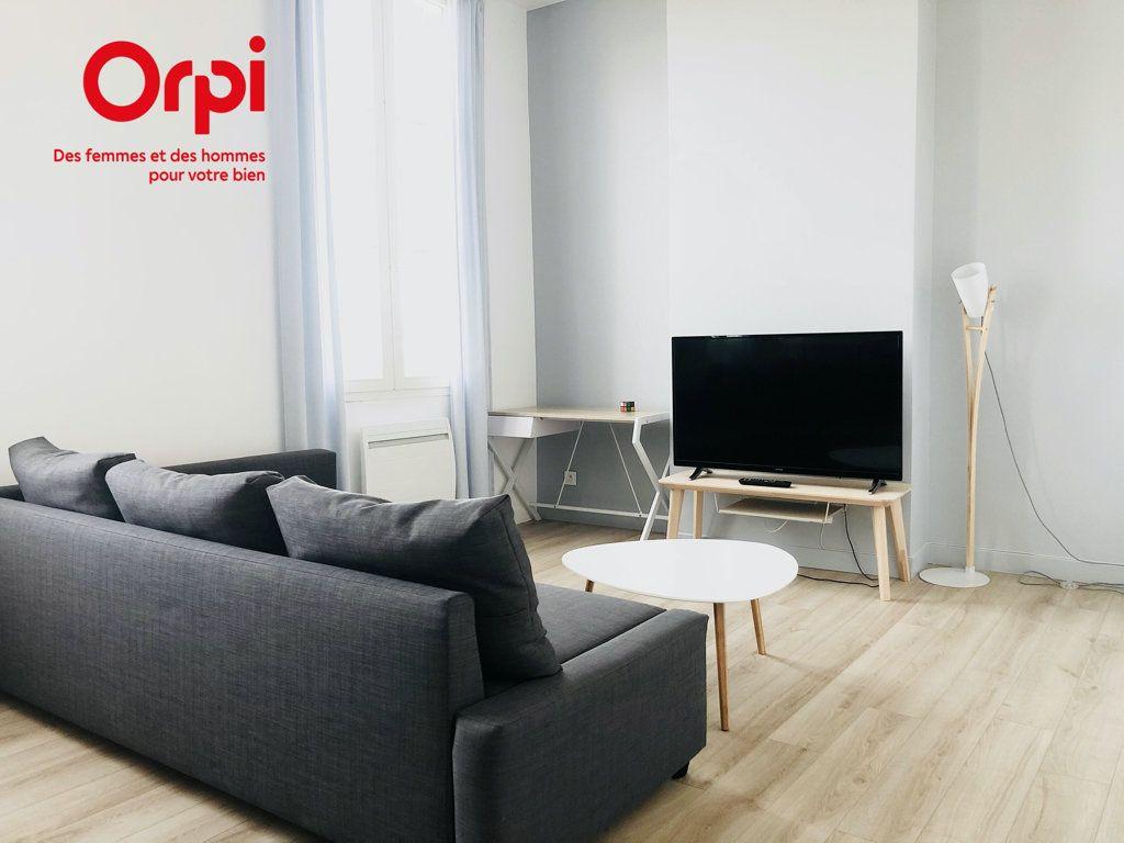 Appartement à vendre 2 43.15m2 à Bordeaux vignette-1