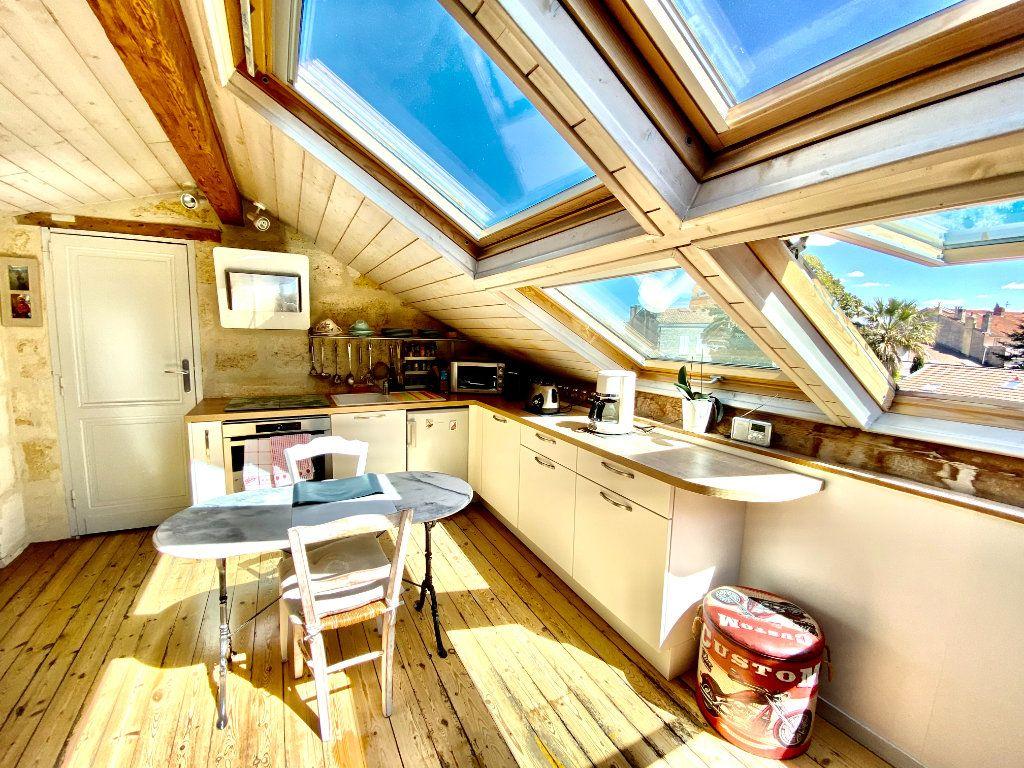 Appartement à vendre 1 23m2 à Bordeaux vignette-3