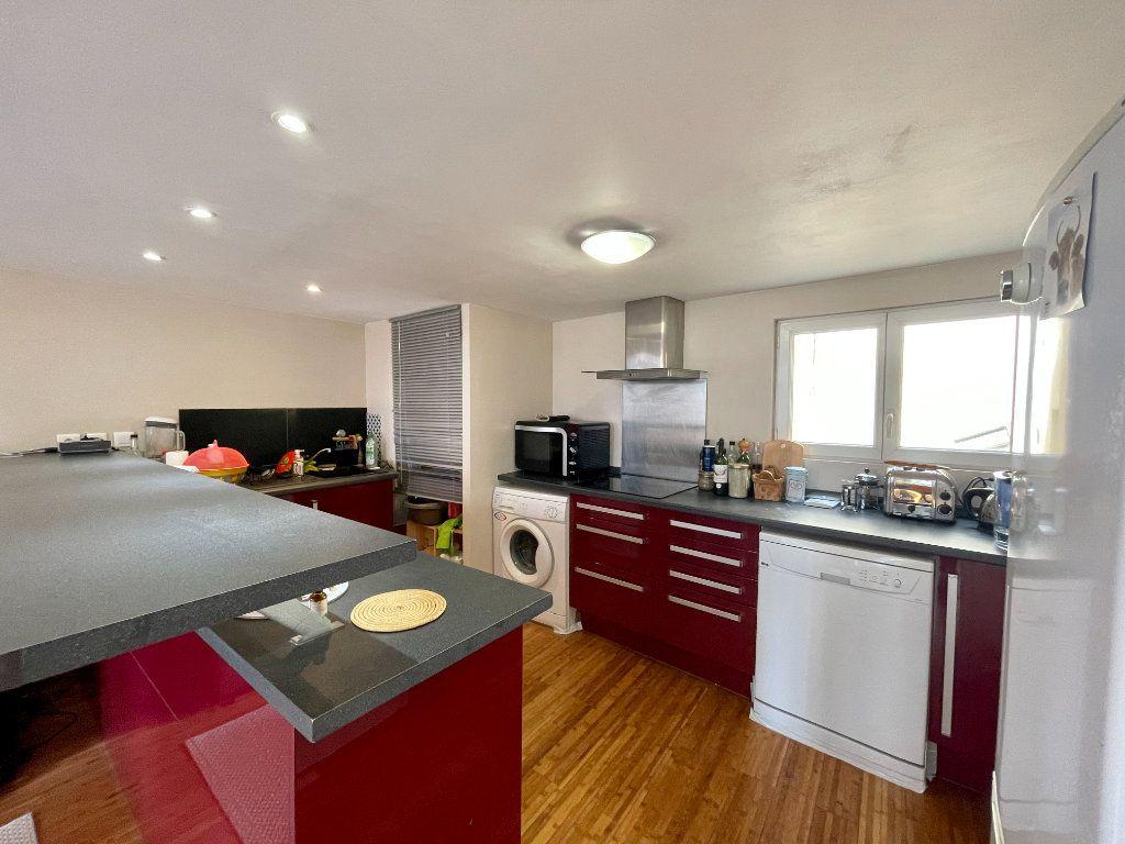 Appartement à vendre 3 58.02m2 à Bordeaux vignette-7