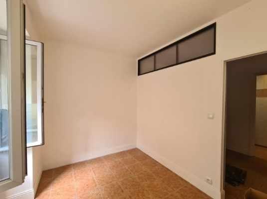 Appartement à louer 2 31m2 à Bordeaux vignette-3