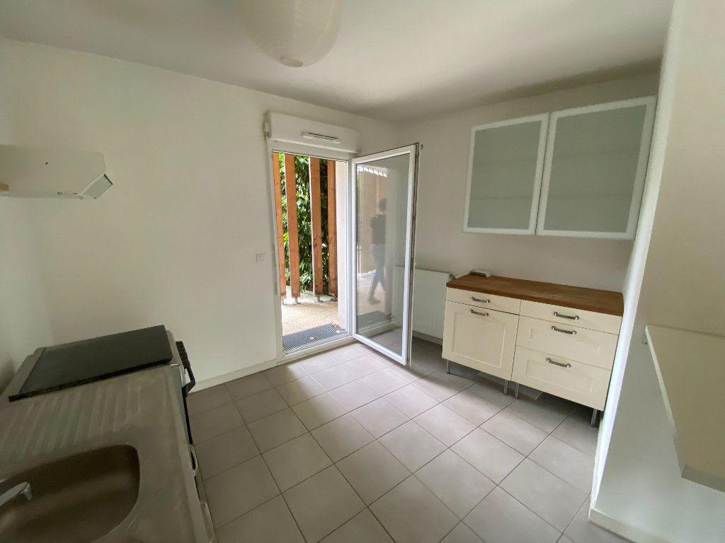 Appartement à vendre 2 51m2 à Bordeaux vignette-2
