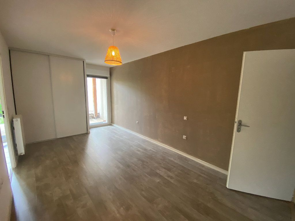 Appartement à vendre 2 51m2 à Bordeaux vignette-3