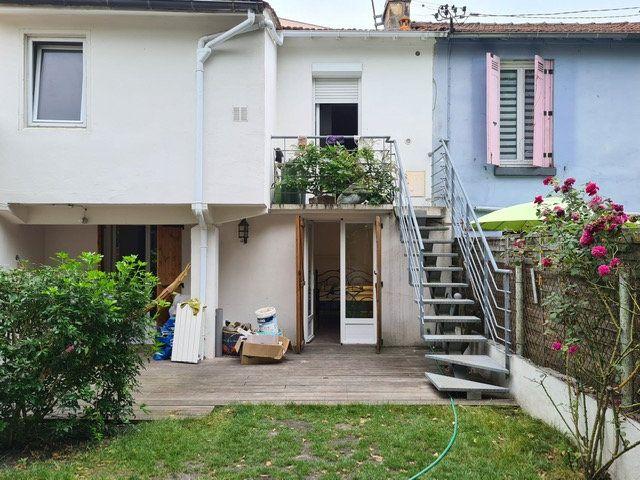 Maison à louer 4 95m2 à Bordeaux vignette-6
