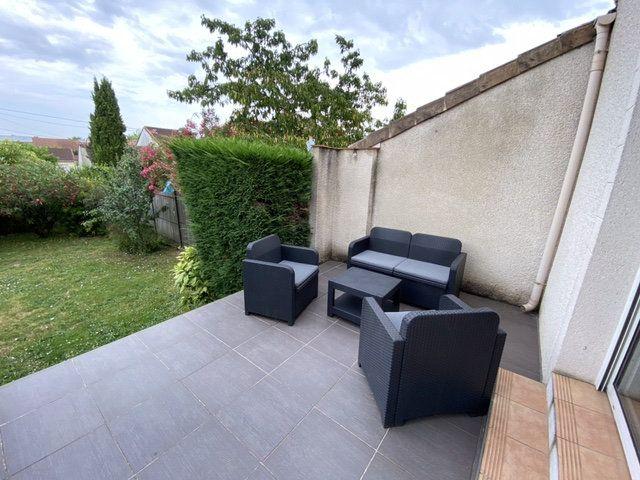 Maison à louer 4 120m2 à Bordeaux vignette-6