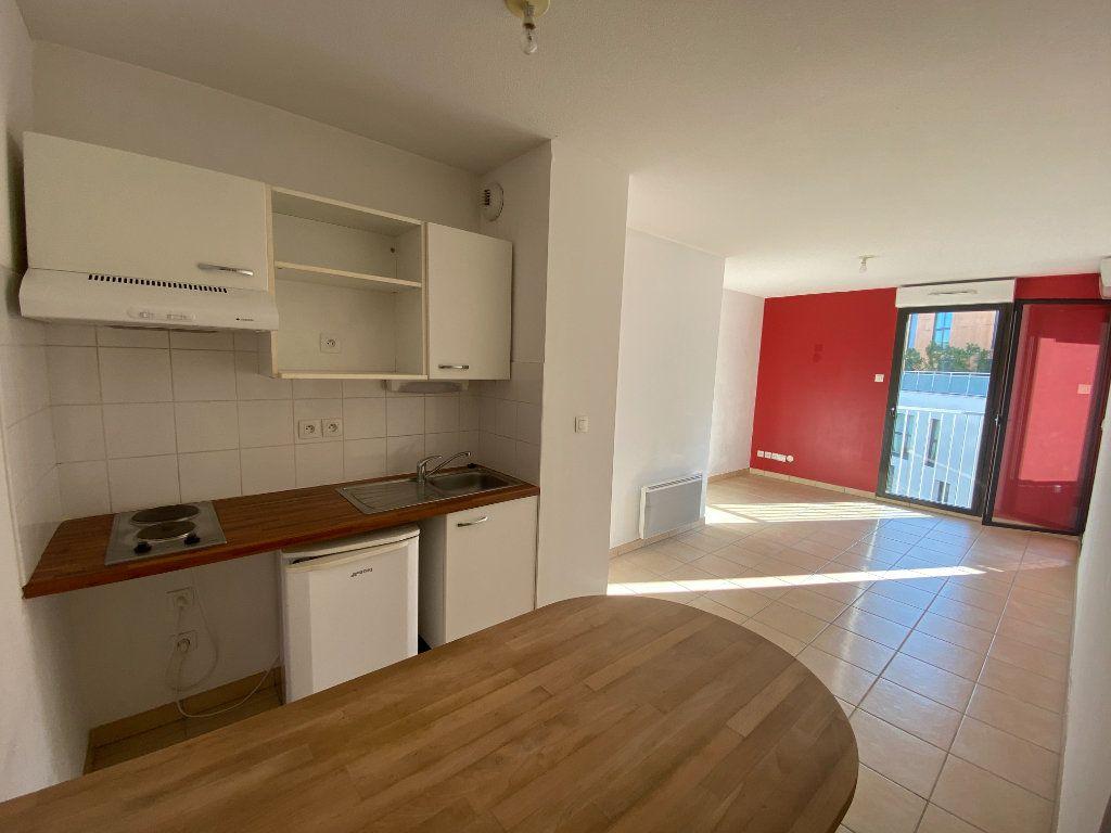 Appartement à vendre 2 39m2 à Bordeaux vignette-1
