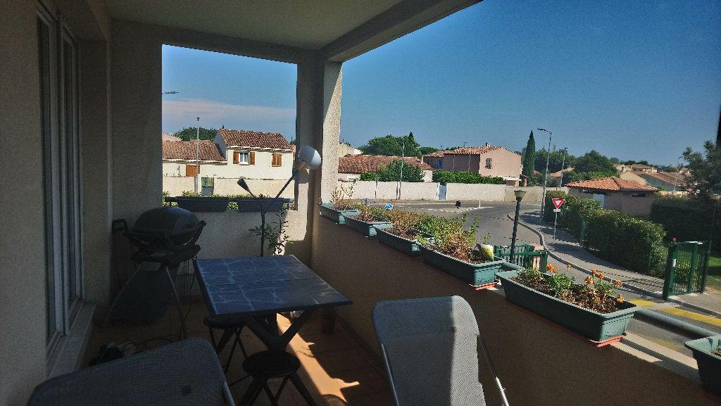 Appartement à louer 3 62.89m2 à Istres vignette-6
