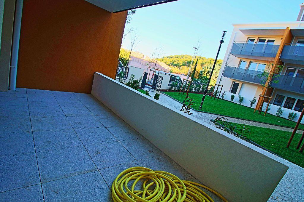 Appartement à louer 3 56.78m2 à Istres vignette-7