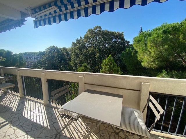 Appartement à louer 3 61.22m2 à Avignon vignette-8