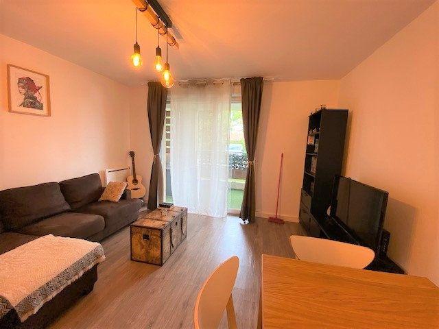 Appartement à louer 2 41.12m2 à Le Pontet vignette-3