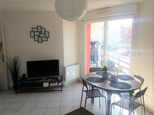 Appartement à louer 2 37m2 à Avignon vignette-1