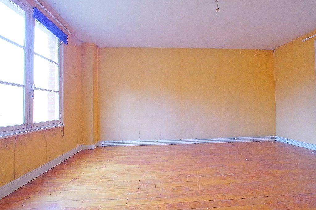 Maison à vendre 7 177.53m2 à Nesle vignette-4